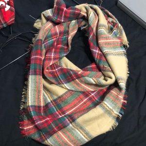 Accessories - Blanket scarf